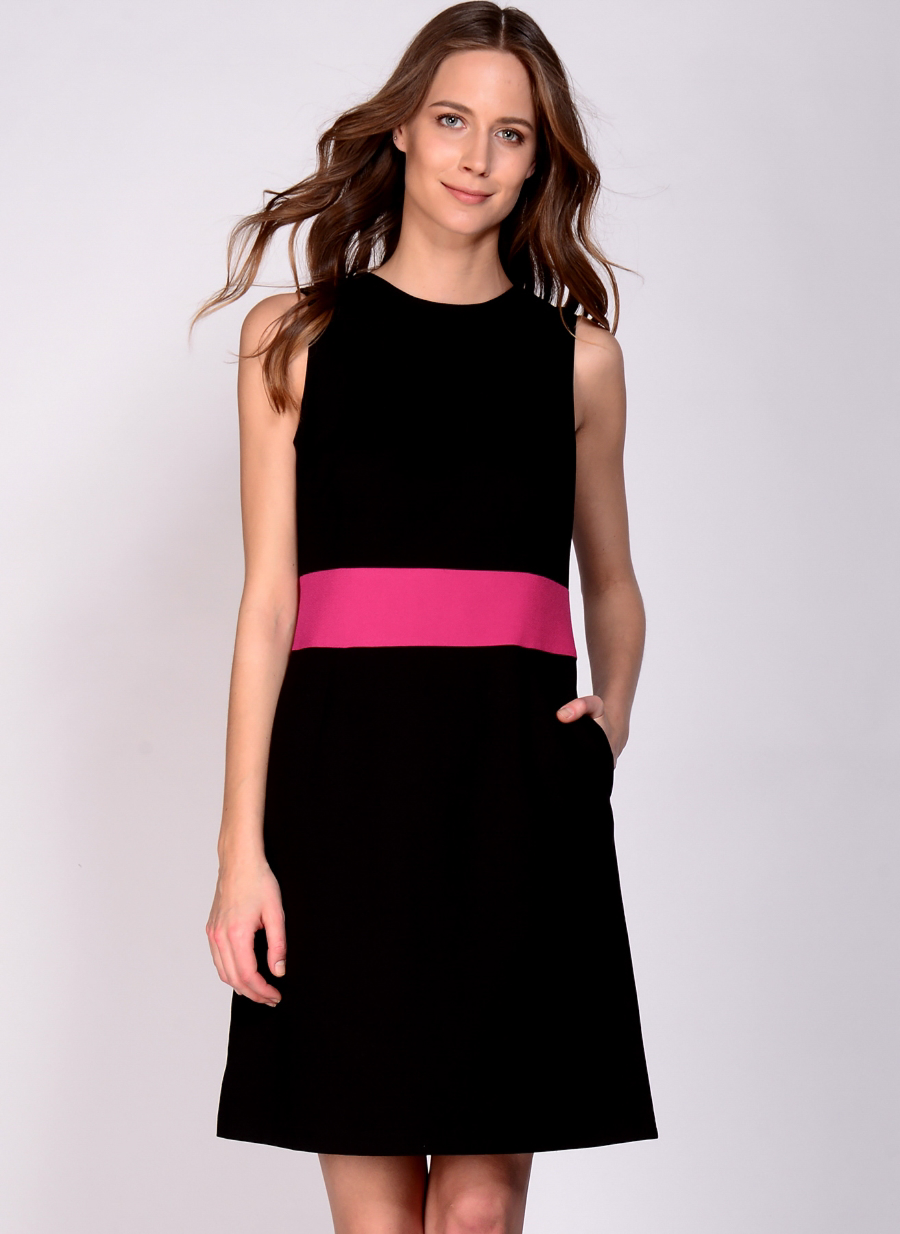 House Of Camellia Bel Detaylı Elbise 40 5000094102004 Ürün Resmi