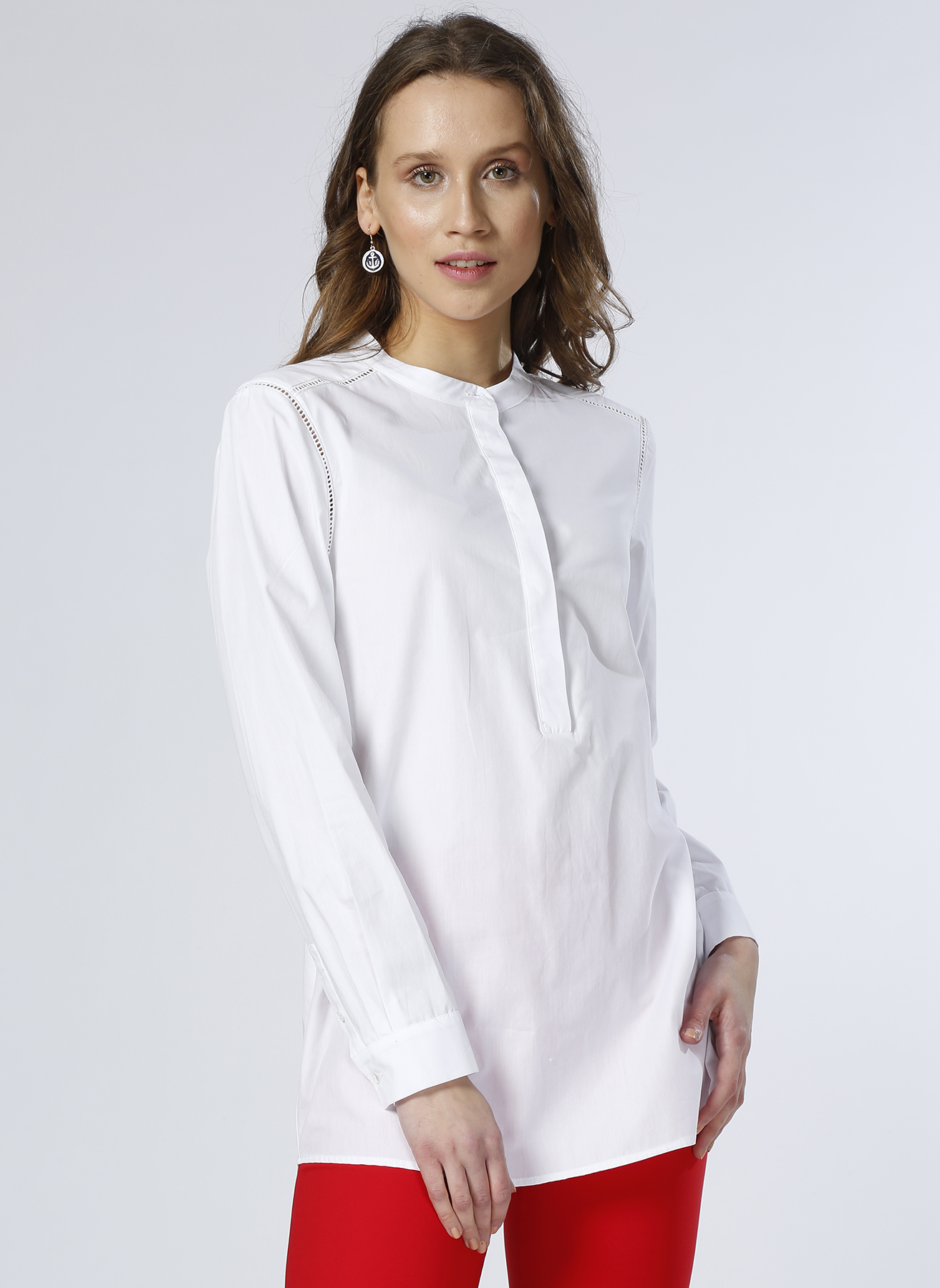 House Of Camellia Beyaz Delik Detaylı Tunik 38 5000189065002 Ürün Resmi