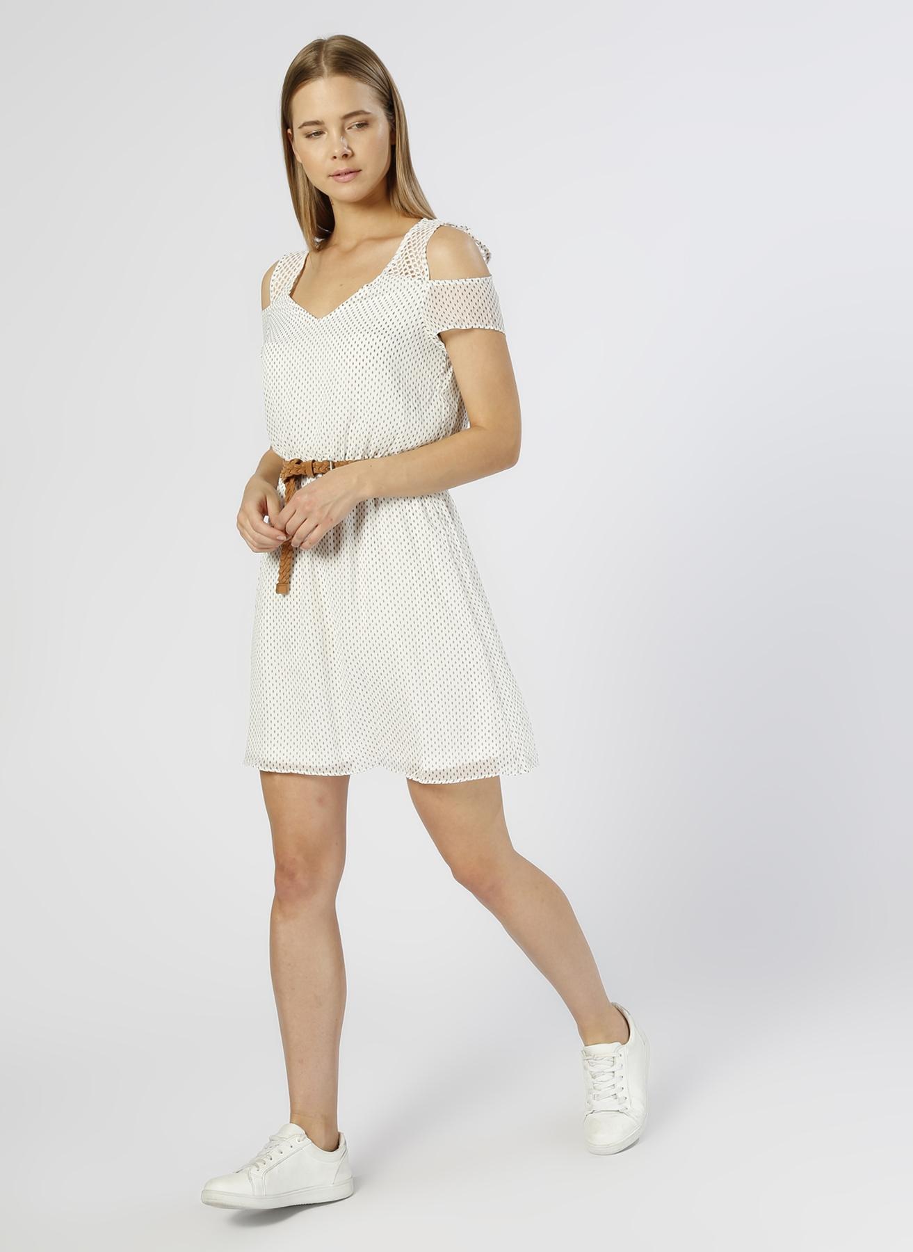 Only Kemer Detaylı Beyaz Elbise 34 5000209942001 Ürün Resmi