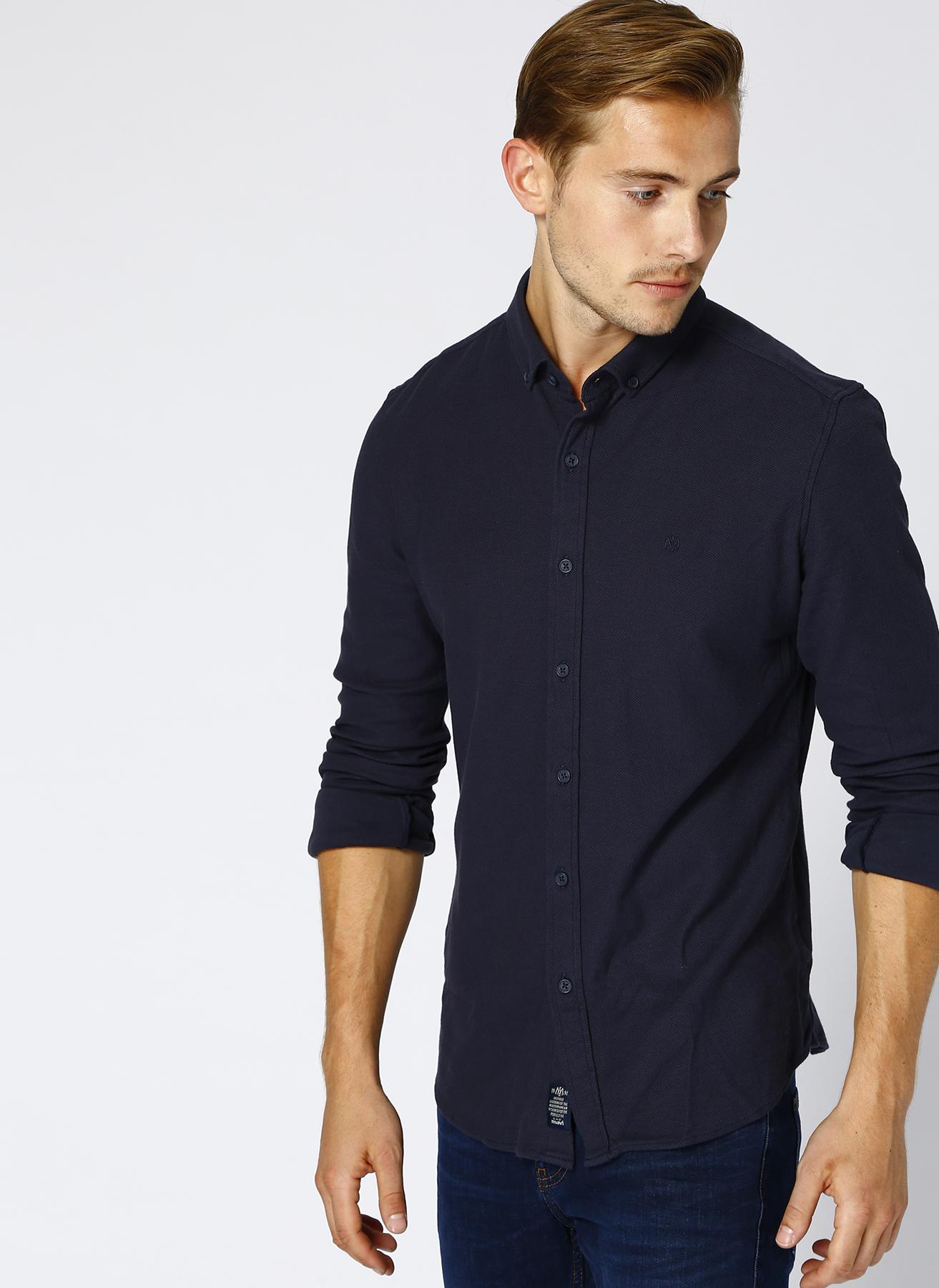 Mavi Düğmeli Yaka Gömlek S 5001634411003 Ürün Resmi