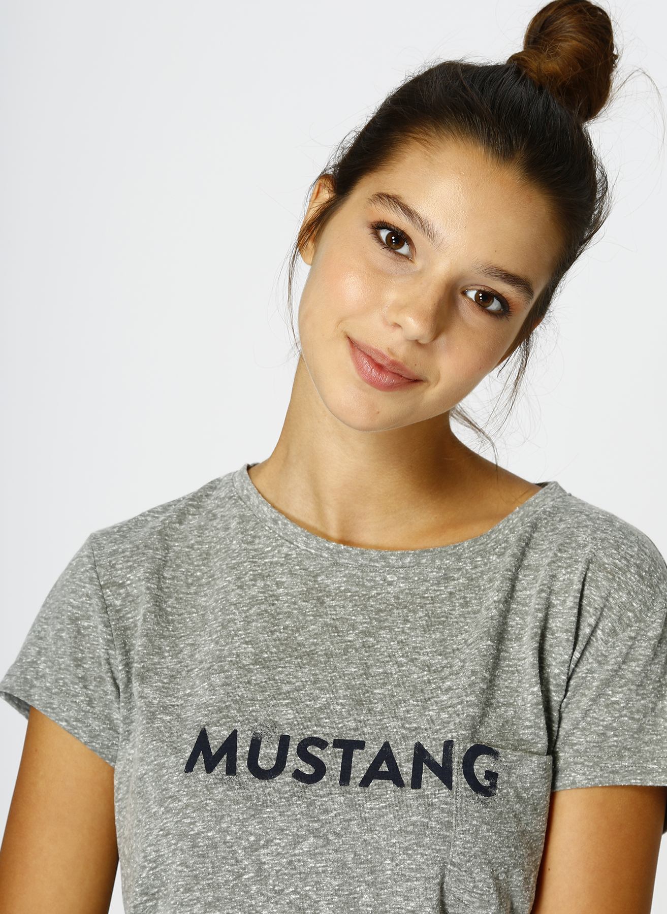 Mustang Haki T-Shirt L 5001697678001 Ürün Resmi