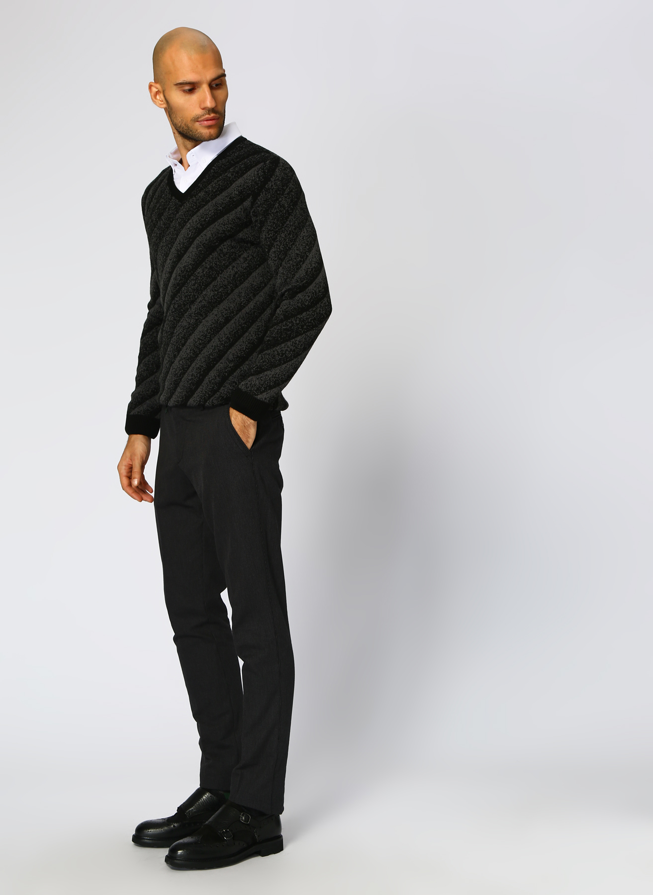 George Hogg Desenli Siyah Klasik Pantolon 48-6 5001699425002 Ürün Resmi