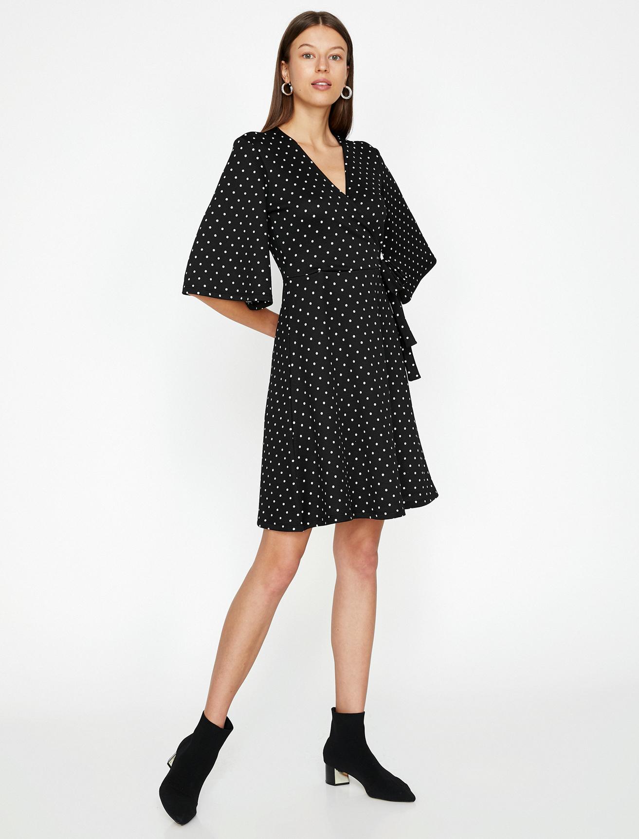 Koton Puantiyeli Siyah Elbise S 5001701686003 Ürün Resmi