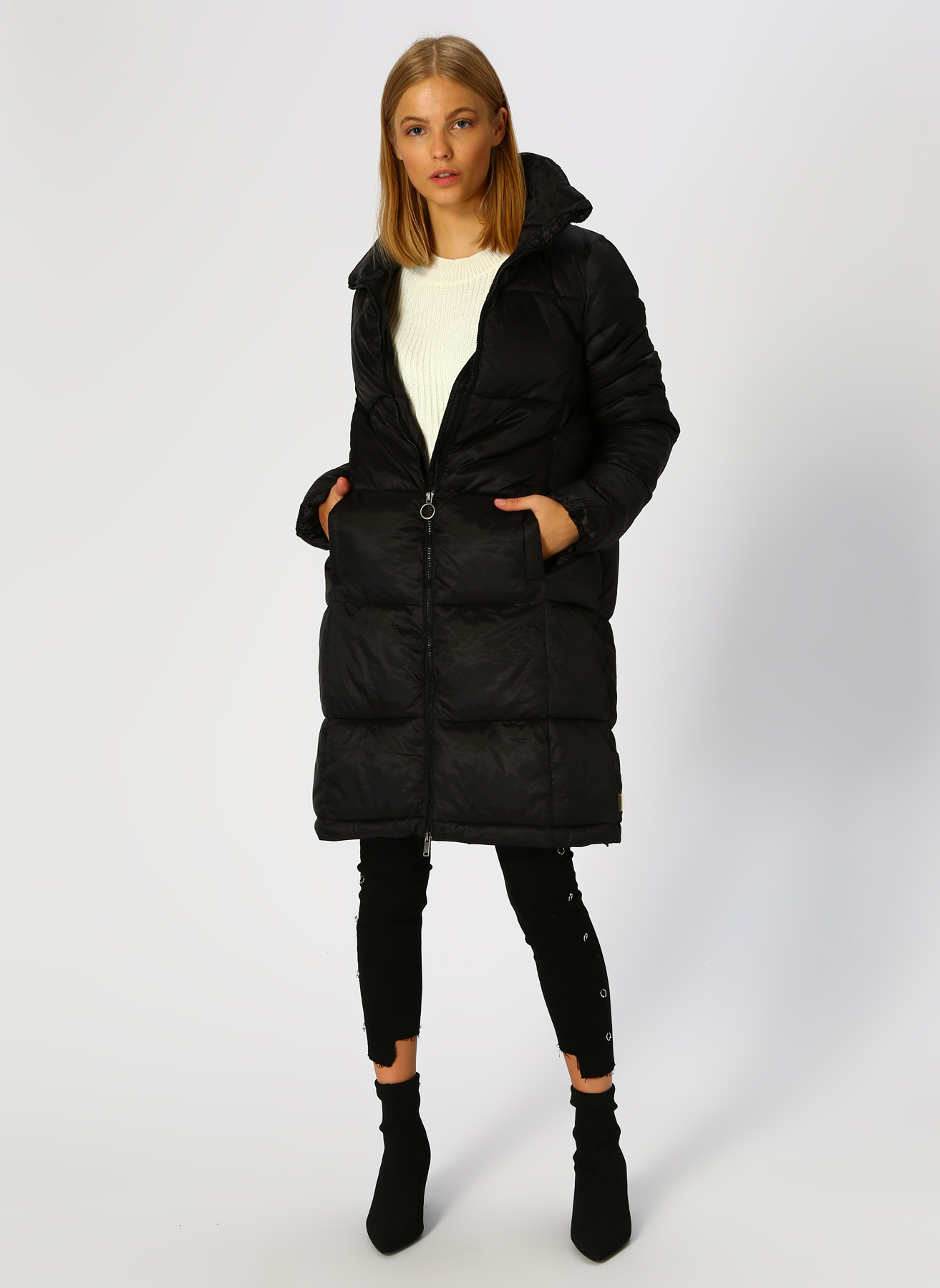 Vero Moda Siyah Mont XS 5001705224004 Ürün Resmi